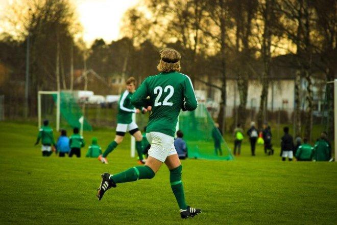 trénink rychlosti běhu u fotbalu